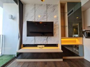 For RentCondoSathorn, Narathiwat : LPA-21-048 *** Beautiful room for rent, Nara9 project, 1 bedroom, 1 bathroom, size 39 sq.m., 35th floor, fully furnished, ready to move in, rent 24,000 baht / month, close to BTS Chong Nonsi.