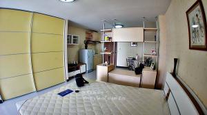 For RentCondoChengwatana, Muangthong : Condo Champs Elysees for rent 4200 / month near Robinson Srisamarn