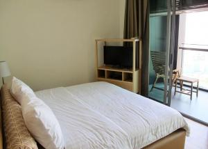 For RentCondoSathorn, Narathiwat : For rent: The Breeze Narathiwas, The Breeze Narathiwas Condo, with view of Chao Phraya River