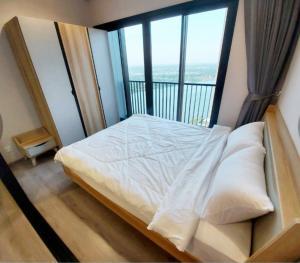 For RentCondoRattanathibet, Sanambinna : Condo for rent: The Politan Rive The room is on the 33rd floor