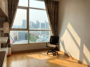 For SaleCondoRatchathewi,Phayathai : ✨ Sale Ideo Verve Ratchaprarop, next to the airport link Ratchaprarop. The price is much cheaper than the market !!! 2 bedrooms, but for the price of 1 bedroom