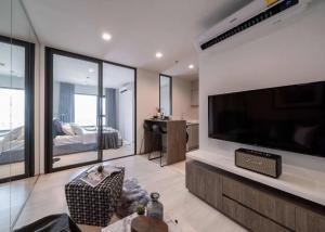 For RentCondoWitthayu,Ploenchit  ,Langsuan : For rent, Life one wirless, luxury condo from AP, located on Wireless Road, Super luxury area, near BTS Ploenchit and MRT Lumpini.