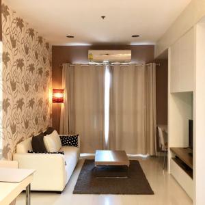 For RentCondoWongwianyai, Charoennakor : For rent, Q House Condo Sathorn, 5th floor, next to BTS Krung Thon Buri and Golden Line, convenient transportation, 18,000 / month.