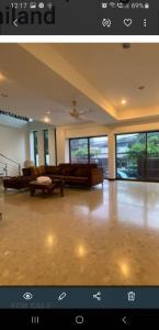 ขายบ้านสุขุมวิท อโศก ทองหล่อ : ขายบ้าน 3 ชั้น สุขุมวิท 71 ทำเลสวย บ้านสวย