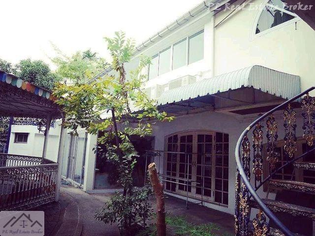 For SaleHouseRatchadapisek, Huaikwang, Suttisan : House for sale, corner, 128 sq m, Kesini Ville, Pracha Uthit 21, Huay Kwang, near Meng Chai intersection, near KIS international