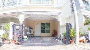 For SaleTownhouseLadprao 48, Chokchai 4, Ladprao 71 : 3.5-storey townhome behind the corner, the addition of a million Baan Klang Muang, Ladprao 71, Soi Nakniwat 11