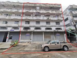 For SaleShophouseBangna, Bearing, Lasalle : Selling 4 commercial buildings, 4 and a half floors behind the corner, size 102 sq m, Triumph Center, Thepharak Rd., Km. 12