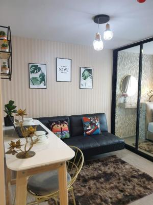 For RentCondoVipawadee, Don Mueang, Lak Si : 💕 Rent a beautiful room with the cover Pool view, Reach Condo, Phaholyothin 52, near Bts Saphan Mai 500 meters, 1 bedroom, you can move in.