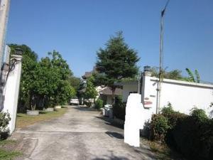 ขายบ้านนวมินทร์ รามอินทรา : ขายบ้านเดี่ยว 274 ตารางวา ถนนสุขาภิบาล 5ซอย32 จัดสรร 2 แยก 16 เขตสายไหม บ้านหันทิศเหนือ เย็นสบาย