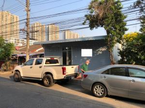 ขายทาวน์เฮ้าส์/ทาวน์โฮมแจ้งวัฒนะ เมืองทอง : ขายทาวน์โฮม 50 ตรว. พึ่งรีโนเวทใหม่ สวย ทางรถผ่าน ทำค้าขายได้!