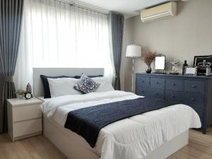 For RentCondoRatchadapisek, Huaikwang, Suttisan : Condo ready. Can carry the bag and move in