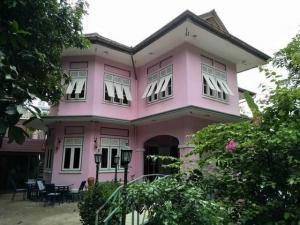 For RentHouseSiam Paragon ,Chulalongkorn,Samyan : 2 storey detached house for rent, 100 years old, Soi Sawang 6 Mahapruetharam Sub-District, Bangrak District