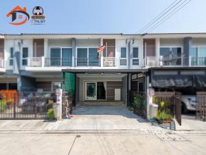 For SaleTownhouseSamrong, Samut Prakan : Townhome for sale Supalai Ville Thepharak 19.5 sq.w. 3 bedrooms added beautiful kitchen.