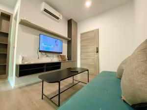 For RentCondoBangna, Lasalle, Bearing : Notting Hill Sukhumvit 105 (Notting Hill Sukhumvit 105) ❌ Special discount 7500 / month only ❌ # Near BTS Bearing # Bangna District