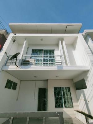 For RentHouseBangna, Lasalle, Bearing : Pruksa Town Next Bangna-Trad km 5 houses for rent 🥰