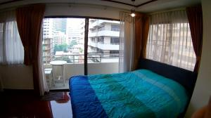 For RentCondoSukhumvit, Asoke, Thonglor : Condo for rent  Saranjai Mansion   fully furnished (Confirm again when visit). Size 63 SQM.  1 bed1 bath.
