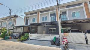 For SaleTownhousePattanakan, Srinakarin : Town Homes, Pleno, Srinakarin, Soi Sridan 22