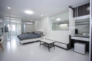 For SaleCondoChiang Mai : Smart studio room for sale : Hillside 4