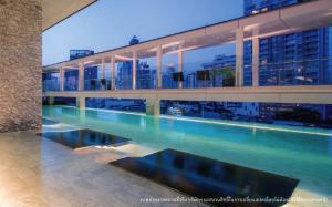 For SaleCondoSukhumvit, Asoke, Thonglor : Price per sqm. Lowest price, very high floor, @Beatniq Sukhumvit 32: 1 bedroom (high floor / very beautiful view) 23% discount from the normal price.