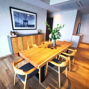 เช่าคอนโดสุขุมวิท อโศก ทองหล่อ : Brand New 2 Beds at The Lofts Asoke for rent