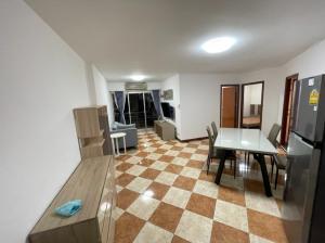 เช่าคอนโดพระราม 3 สาธุประดิษฐ์ : SV City Rama 3 > New Renovated > 2 bedroom วิวแม่น้ำ เฟอร์ครบครับ