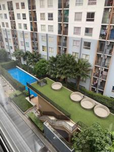 For SaleCondoBangbuathong, Sainoi : 🔥 Urgent sale, brand new room, new furniture, Plum Condo Bangyai Station pool view, this view is hard to find.
