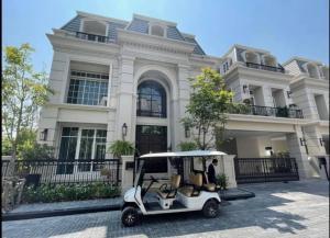ขายบ้านพระราม 3 สาธุประดิษฐ์ : Selling : Luxury House with Full Furnisher & Private Lift In Rama 3 , 5 Bed bed 5 bath  , 578 sqm , 74 sqw  📌10 Mins to Sathorn 📌5 Mins to Central Rama 3 📌 Close to Hideway 🔥🔥Selling Price: 79,000,000 THB 🔥🔥 ( Full Furniture) 🔥🔥Selling Price :  69,000