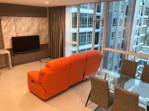เช่าคอนโดอ่อนนุช อุดมสุข : ราคาลดหนักที่สุด ห้อง Duplex 2 ห้องนอน ระเบียงกว้าง ห้องใหญ่ที่สุดในชั้น แต่งครบ เฟอร์บิ้วอินทั้งห้อง 45,000 บาท/เดือน มีเซเว่นหน้าโครงการ รถรับส่งภายในโครงการฟรี!!