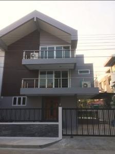 เช่าทาวน์เฮ้าส์/ทาวน์โฮมพัฒนาการ ศรีนครินทร์ : ให้เช่า ทาวน์โฮม 3 ชั้น หมู่บ้านหรู หมู่บ้านปัญญาpanya village พัฒนาการ-อ่อนนุช พื้นที่ 400 ตรม 5 ห้องนอน 5 ห้องน้ำ ทำเลดีเข้าออกถนนพัฒนาการ สุขุมวิท (อ่อนนุช17) คลองตัน รามคำแหง พระราม9 ถนนเพชรบุรีตัดใหม่