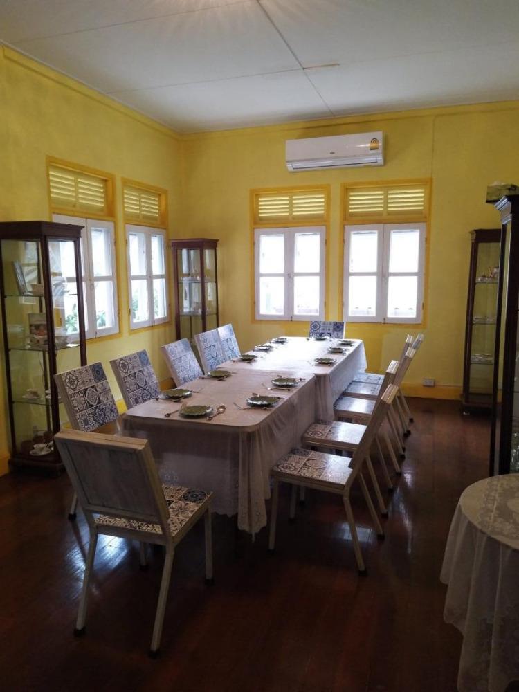 For RentHouseSilom, Saladaeng, Bangrak : 2 storey detached house for rent in Bang Rak area Near MRT Hua Lamphong, Renovate