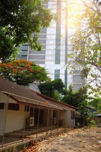 For RentHouseSapankwai,Jatujak : House for rent in the zone near Ari, behind bts, Mo Chit.