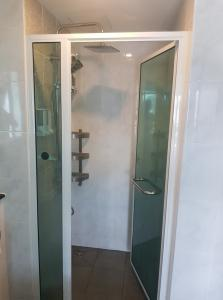 For RentCondoRatchadapisek, Huaikwang, Suttisan : Rent: Humble living @ booming, promotion price only for this month Fully furnished, new room, ready to move in