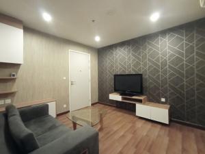 For RentCondoRattanathibet, Sanambinna : For rent (2 bedrooms) Condo Centric Tiwanon Station, near BTS Tiwanon intersection, just 80 meters near Big C Tiwanon.