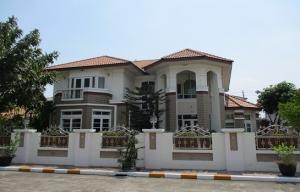 ขายบ้านพัฒนาการ ศรีนครินทร์ : ขายบ้านหรู เดอวิลล์ ศรีนครินทร์ (De Ville Srinakarin) ขนาดที่ดิน 280 ตรว. 450 ตรม