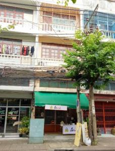 For SaleShophouseBang kae, Phetkasem : 3-storey commercial building for sale, Petchkasem 63, near MRT Lak Song Station The Mall Bang Khae, Ekachai Road, Kanchanaphisek Road