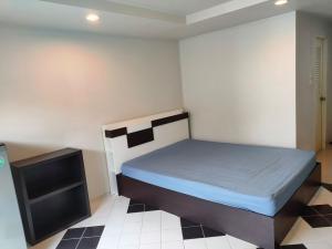 For RentCondoLadprao 48, Chokchai 4, Ladprao 71 : Family Park for rent, near MRT Sutthisan, just 5 minutes, price 6,600 baht.