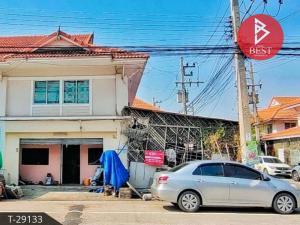 For SaleTownhouseMahachai Samut Sakhon : Townhouse for sale Panalee village 1 Phanthainorasing, Samut Sakhon, house behind the rim, ready to move in