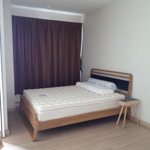 เช่าคอนโดวงเวียนใหญ่ เจริญนคร : คอนโดให้เช่า ห้อง 47ตร.ม. 1ห้องนอน มีเฟอร์นิเจอร์ โทร 0837773436