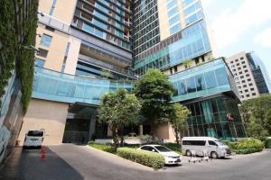 เช่าคอนโดวิทยุ ชิดลม หลังสวน : Rental : Oriental Residence , Wireless Road , BTS Plernjit , High Floor , 200 Sqm , 3 Bed 3 Bath