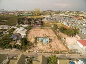 ขายที่ดินพัทยา บางแสน ชลบุรี : ขายที่ดินแปลงงามพร้อมบ้าน พัทยาใต้ เนื้อที่ 3 ไร่ ซอยสุขุมวิท87 ติดถนนหนองกระบอก