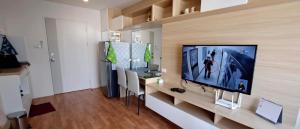 For RentCondoOnnut, Udomsuk : Condo for rent Lumpini Ville Sukhumvit 101/1 - Punnawithi, Floor 8 RE63-0215