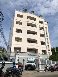 เช่าสำนักงานรัชดา ห้วยขวาง : ให้เช่า อาคารสำนักงาน ใกล้ MRT สุทธิสาร 500ม ราคาดีที่สุด!!