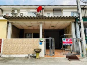 For SaleHouseRangsit, Patumtani : 2 storey townhouse for sale, Pruksa 81, near Thai market, white road, Dhammakaya Temple