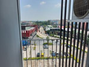 Sale DownCondoRangsit, Patumtani : Sell down! Cave Town Space, Room B838, presale price, 8th floor, Building B