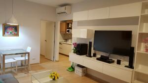 For RentCondoPattaya, Bangsaen, Chonburi : E294 Sea Hill Condo for rent, Sriracha 43sqm, with bathtub