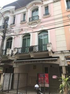 For SaleTownhouseRatchadapisek, Huaikwang, Suttisan : Townhome for sale: Baan Klang Muang Grand de Paris Ratchada (0646654666).