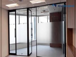 For RentOfficeSathorn, Narathiwat : Office Sathorn for rent 149 Sqm Partly fitted  Near BTS Chongnonsi
