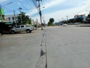 ขายบ้านพัทยา บางแสน ชลบุรี : ขายทาวน์เฮาส์ 2ชั้น #หมู่บ้านโกลเดนท์โฮม2 พิกัด แหลมฉบัง-ทุ่งสุขลา ชลบุรี (Rich0525)kim