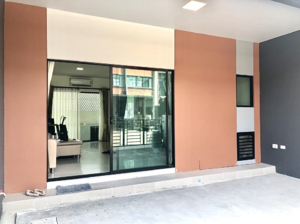 For SaleTownhouseBang kae, Phetkasem : Sale Townhome Siri Place Kalapapruek-Sathon 3 bedrooms 2 bathrooms with furniture.