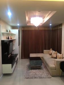 For RentCondoRama9, RCA, Petchaburi : For rent Garden Condo Rama 9, near MRT Asoke, 1.7 km, price 15,000 baht.